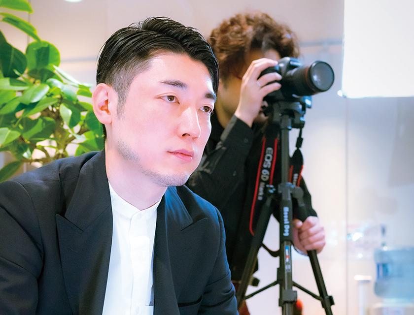 広報PR部 YouTube課 ディレクター 大伴 速俊